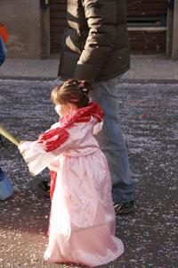 小さな村にて~子供達のカーニバル_f0106597_1893660.jpg