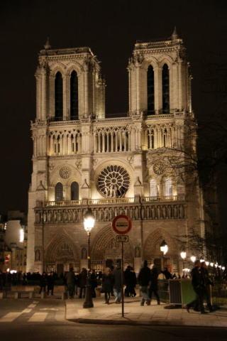 シャンパパドライバーの「パリ・ナイトツアー」♪_c0090198_419166.jpg