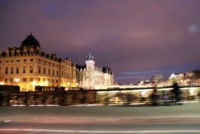シャンパパドライバーの「パリ・ナイトツアー」♪_c0090198_443856.jpg