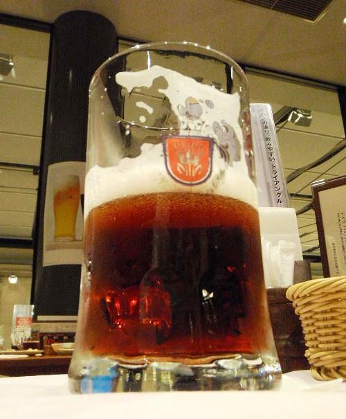 恵比寿でビール_c0177814_10211810.jpg