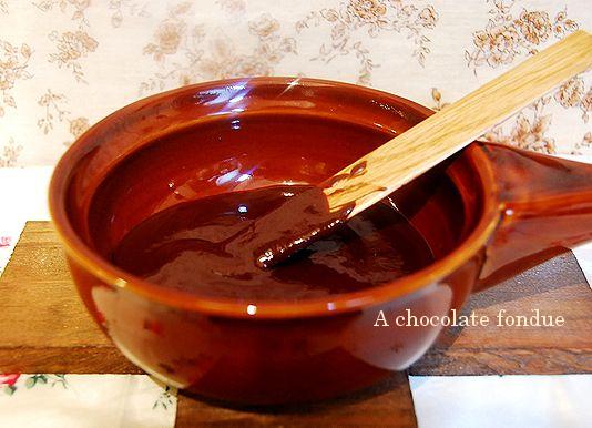 絵本のようなホットケーキ & チョコフォンデュ _a0105872_21574697.jpg
