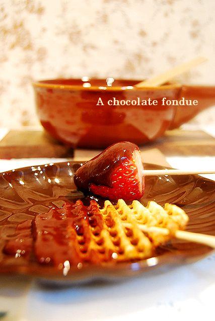 絵本のようなホットケーキ & チョコフォンデュ _a0105872_21581382.jpg
