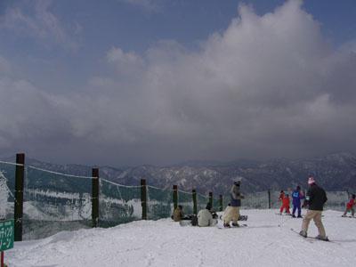 兵庫県のハチ北へ滑りに行ってきました。_e0173183_1513469.jpg