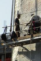 ニューヨークの街角風景から、巨大壁画広告を描く人々_b0007805_136163.jpg