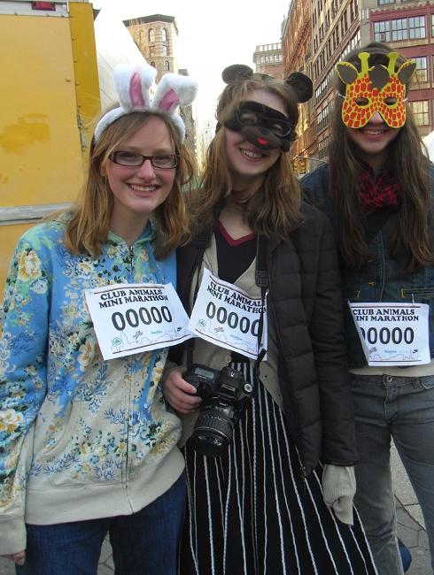 動物コスチュームを着て走るマラソン Club Animals Mini-Marathon_b0007805_1481666.jpg