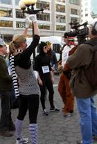 動物コスチュームを着て走るマラソン Club Animals Mini-Marathon_b0007805_15185382.jpg