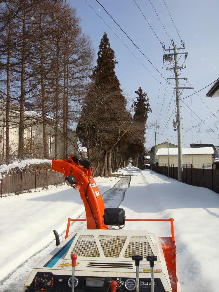 除雪作業_c0111229_18465846.jpg