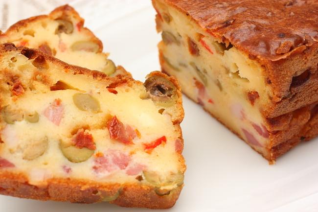 ケイク・サレ (塩味のケーキ)  Cake salé_d0150287_2228576.jpg
