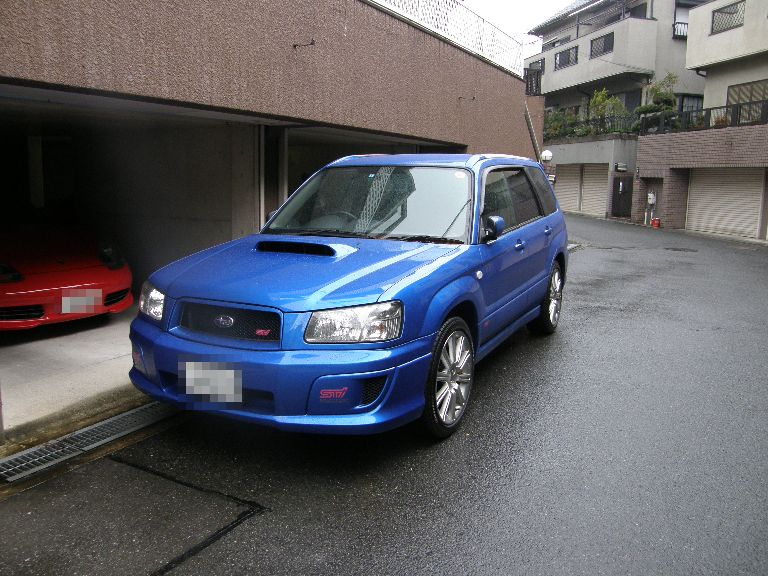 わが家に青い車が戻ってきました_f0128542_22101341.jpg