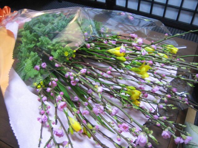 春の綺麗な花束。_f0181251_16323465.jpg