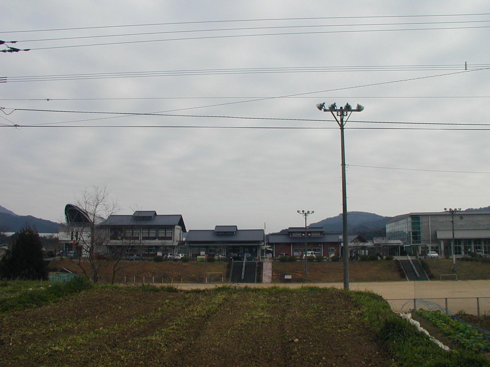 若木小学校_b0114756_1724961.jpg