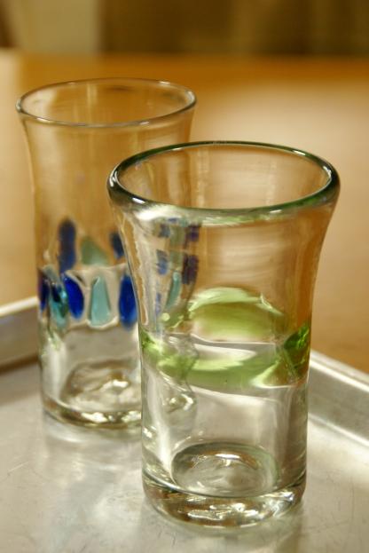 琉球グラスと懐かしの給食トレイ_f0189086_19243014.jpg