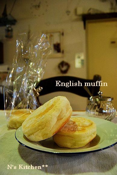 山食でトーストサンド & ローズメレンゲ_a0105872_18372211.jpg