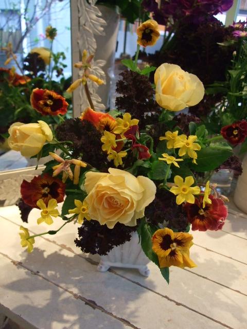 オークリーフ花の教室(木島さんの作品)_f0049672_1546443.jpg