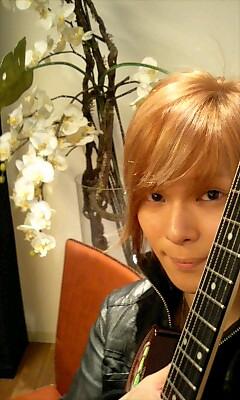 横浜市歌、歌えます。_e0146185_17224733.jpg