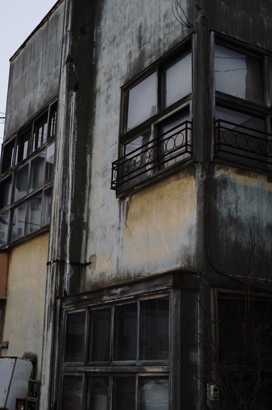 釧路の窓の多い酒屋_f0042194_21142551.jpg