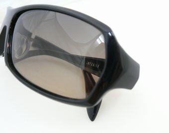 ジャポニスムのサングラス。  by甲府店_f0076925_18454174.jpg