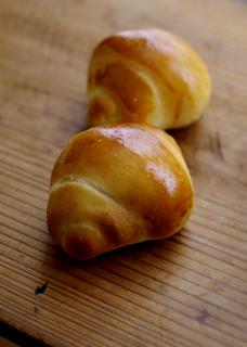 惣菜パンとバターロール(酒粕酵母)_c0110869_2115022.jpg