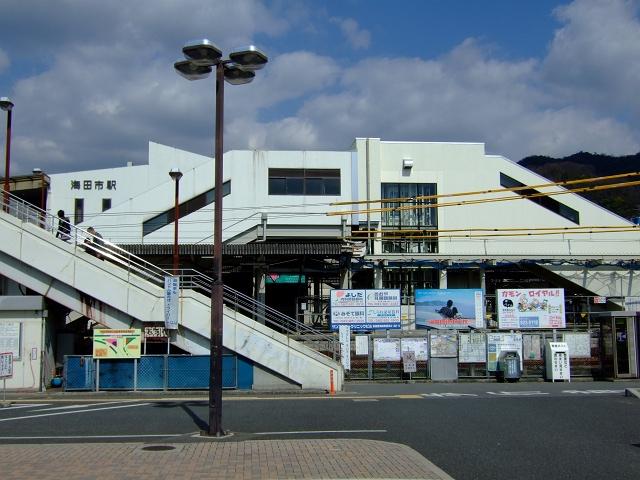 海田市駅2009年春その2~駅バリアフリー・待合室工事_b0095061_955075.jpg