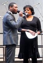 ニューヨークのゴスペル聖歌隊大会 Pathmark Gospel Choir Competitions 2009_b0007805_22133861.jpg