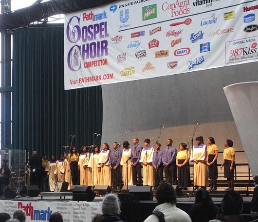 ニューヨークのゴスペル聖歌隊大会 Pathmark Gospel Choir Competitions 2009_b0007805_2213923.jpg
