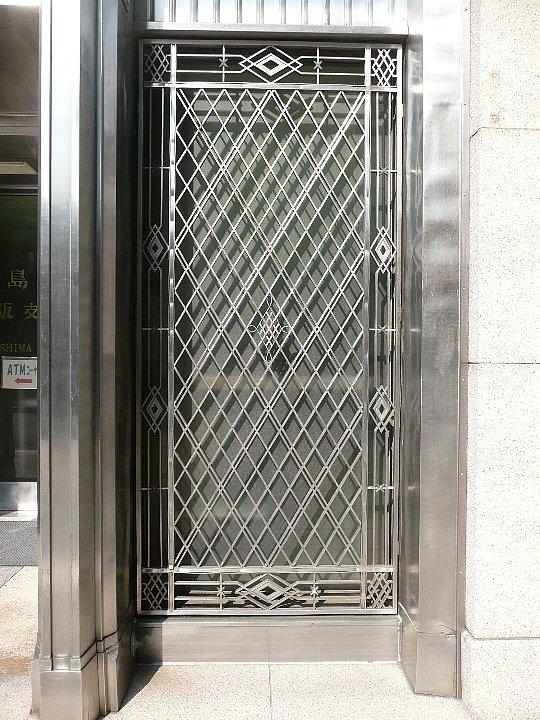 鹿児島銀行大阪支店_c0112559_1122263.jpg
