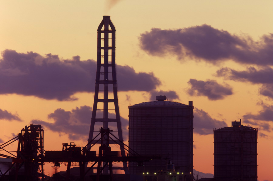千葉・木更津港から見る君津の製鉄所 1998.1.25  _c0190190_6403470.jpg