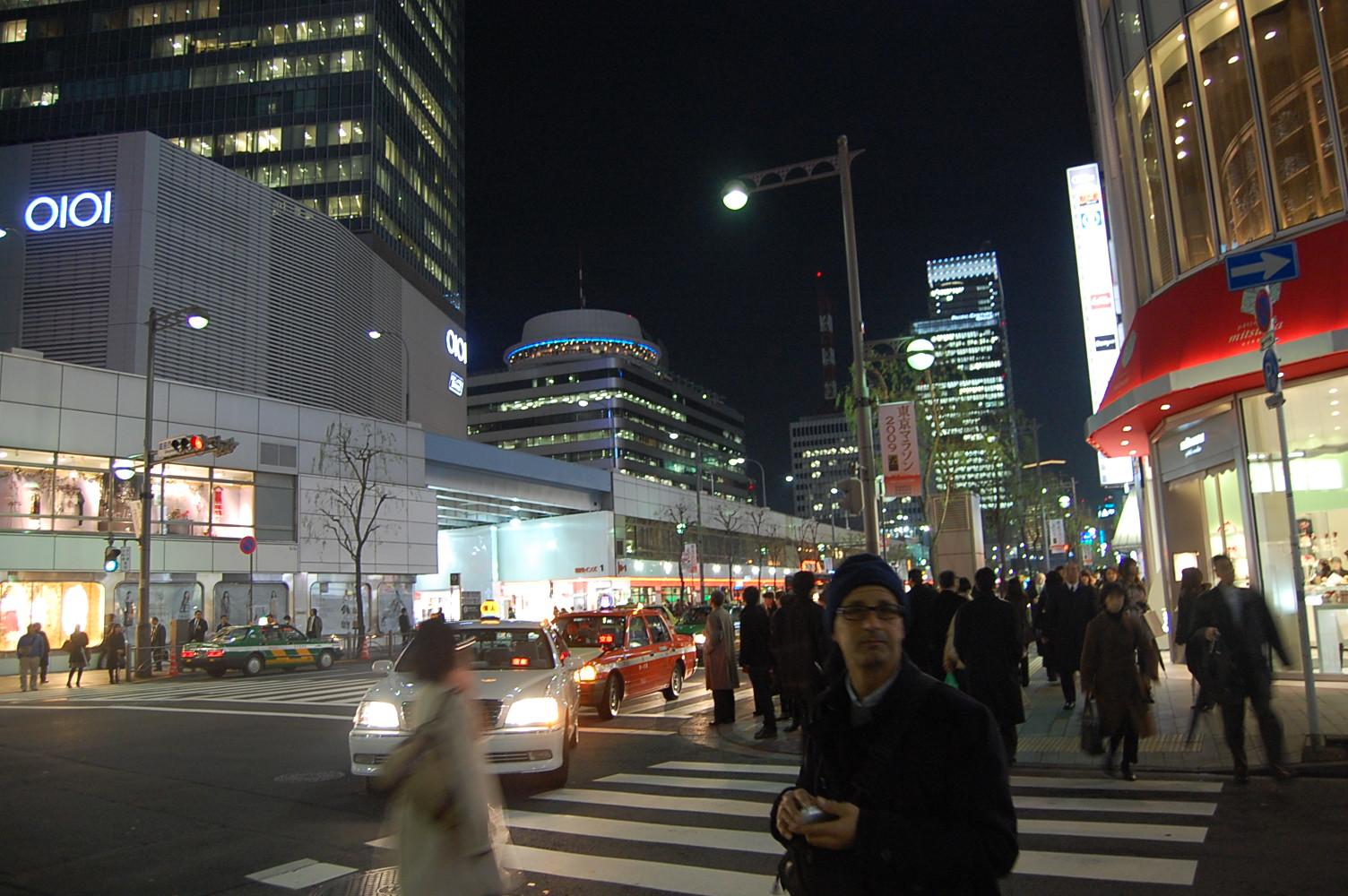 シチリア人日本滞在記 東京 その壱 バゥ_d0084229_21474231.jpg