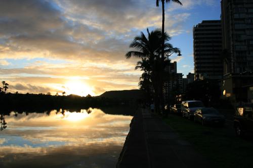 ハワイNOV2008 旅日記26(最終日朝。朝焼け。)_f0059796_14551739.jpg