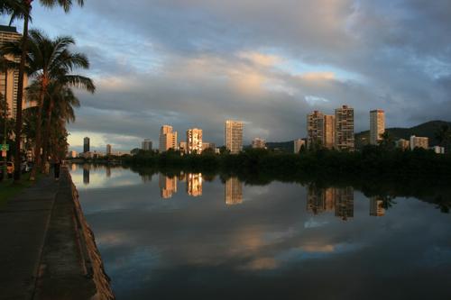 ハワイNOV2008 旅日記26(最終日朝。朝焼け。)_f0059796_145518.jpg