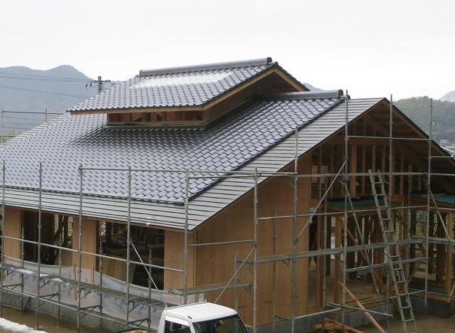 船木の家 屋根瓦葺き_a0115017_20581842.jpg