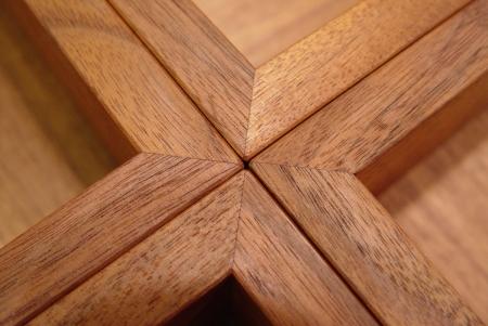チーク材の素敵なガラス天板センターテーブル_a0096367_23113822.jpg
