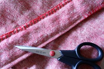 赤い糸_a0102486_13365430.jpg