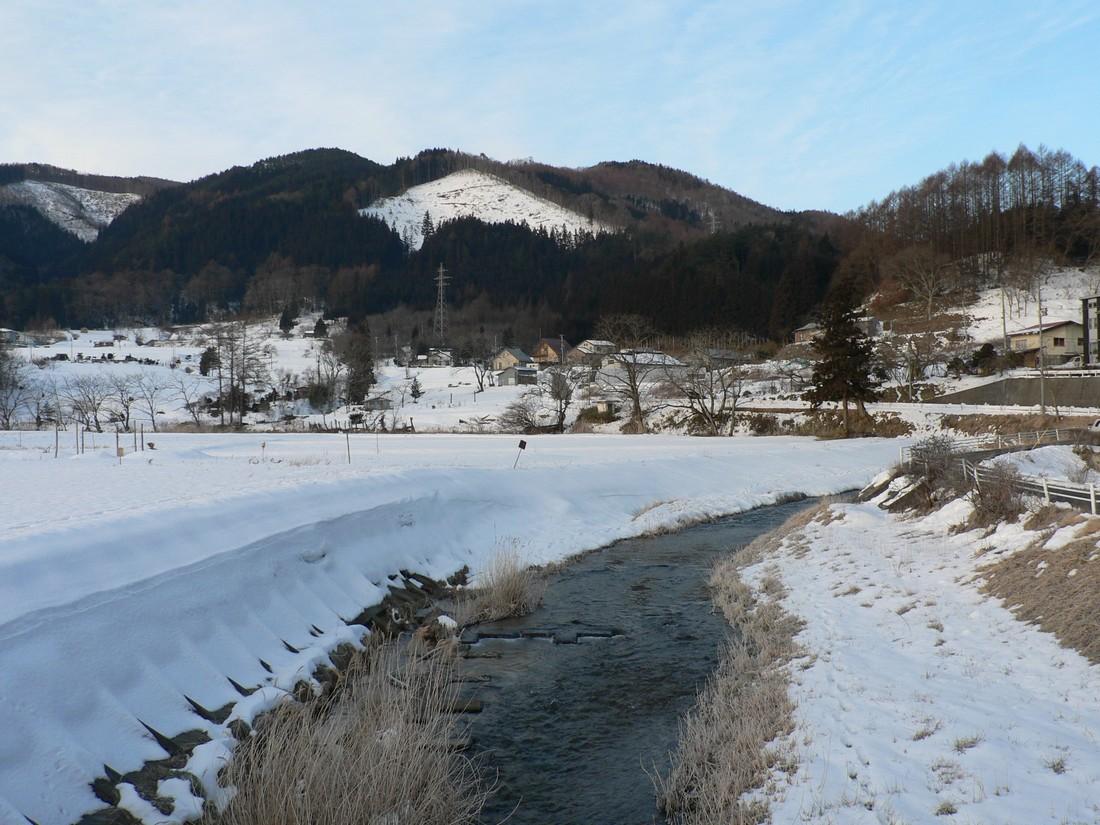 鍋倉山の東で、朝日が昇るさまを見る_d0001843_2145444.jpg