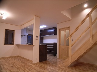 「南粕谷の家」 LDK 階段_f0059988_2323131.jpg