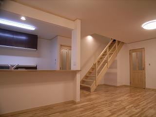 「南粕谷の家」 LDK 階段_f0059988_2337893.jpg
