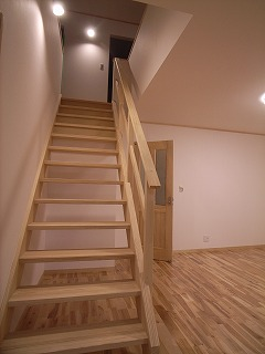 「南粕谷の家」 階段_f0059988_23562493.jpg