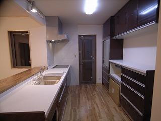 「南粕谷の家」 キッチンセット_f0059988_0151189.jpg
