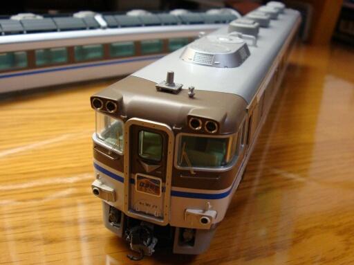 トミックス キハ181系「はまかぜ」床下塗装完了_f0037227_23544278.jpg