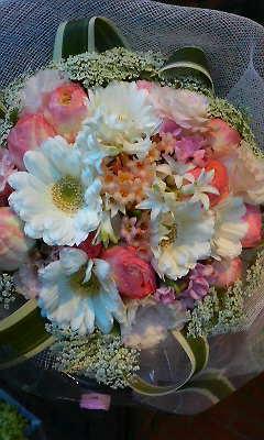 春の香りのするブーケ_c0137266_16194715.jpg
