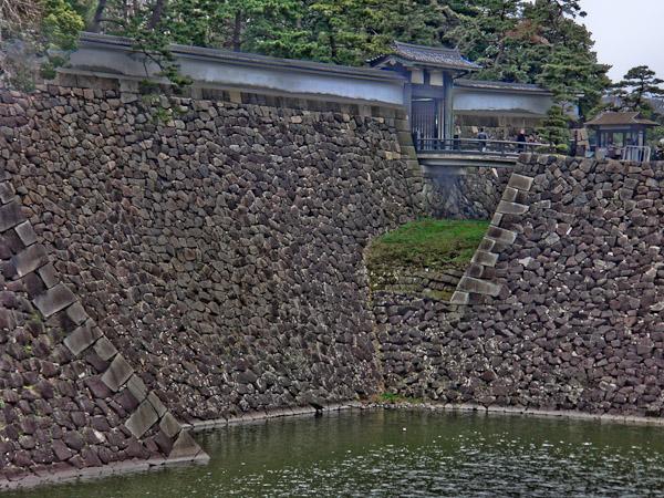 竹橋〜東御苑〜霞ヶ関_f0077521_2036851.jpg