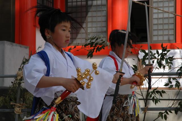大塚八幡神社 祈年祭~春神楽~_c0045448_14345571.jpg