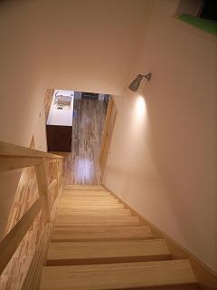「南粕谷の家」 階段_f0059988_196547.jpg