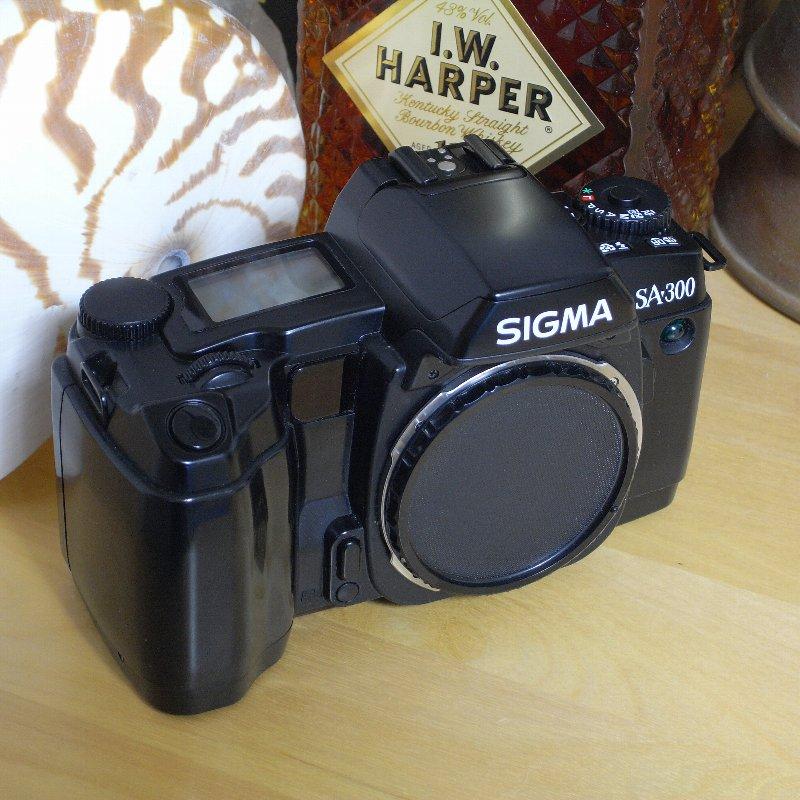 SIGMA 一眼レフカメラ オール・コンプリート_c0124795_12471427.jpg