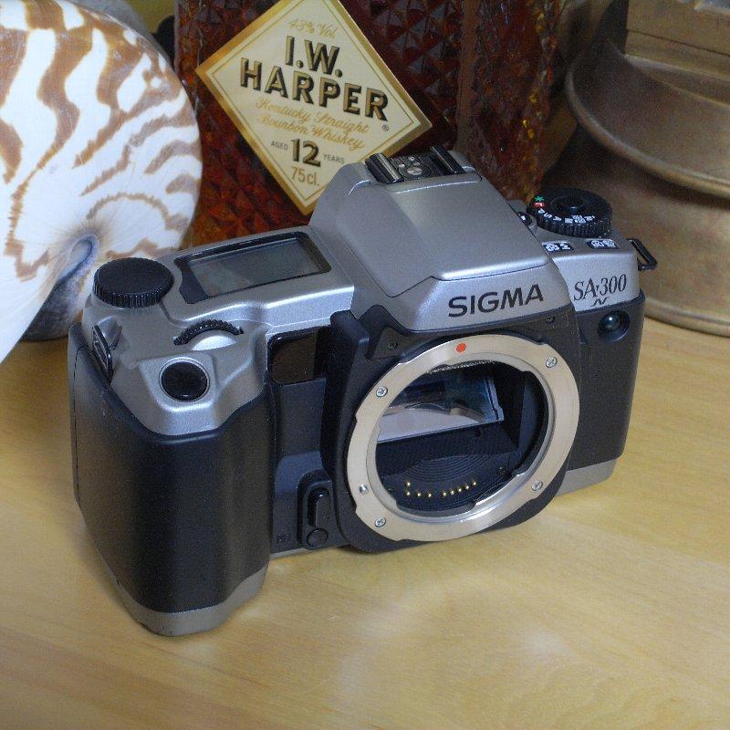 SIGMA 一眼レフカメラ オール・コンプリート_c0124795_12571124.jpg