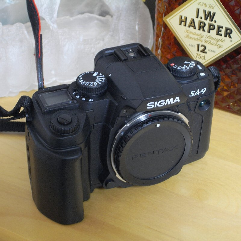 SIGMA 一眼レフカメラ オール・コンプリート_c0124795_13114899.jpg