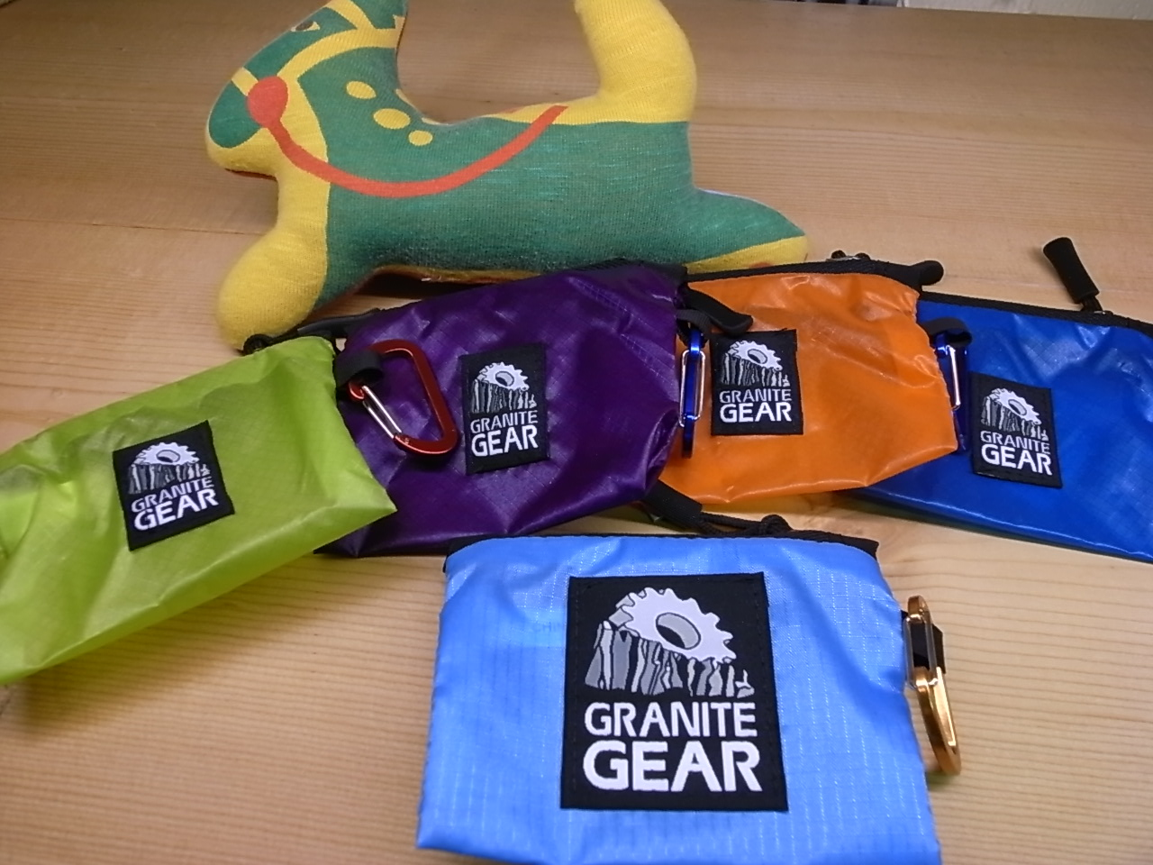 GRANITE GEAR  AIR HIKER WALLET _f0159943_18111570.jpg