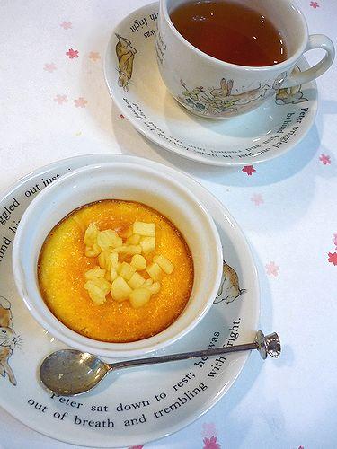Mini Maria\'s Tea Cup の お勧めはピーターラビット&ベイクドアップルチーズケーキ☆・:*:・゚`✛  _a0053662_1759392.jpg