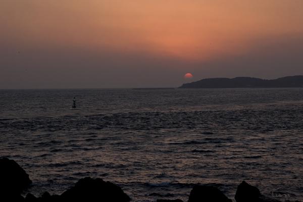 日が沈む・・・_c0165046_123565.jpg