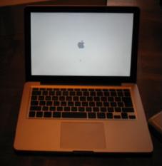新しいMacBook_f0115027_1931679.jpg